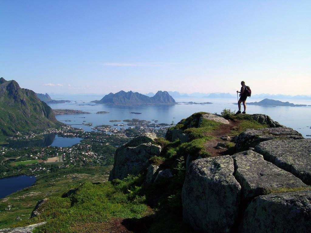arctic norway - the lofoten islands - fjord travel norway