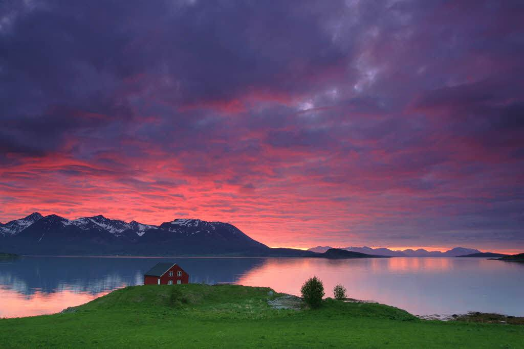 Amazing Northern Norway by Frank Andreassen, Nordnorsk Reiseliv