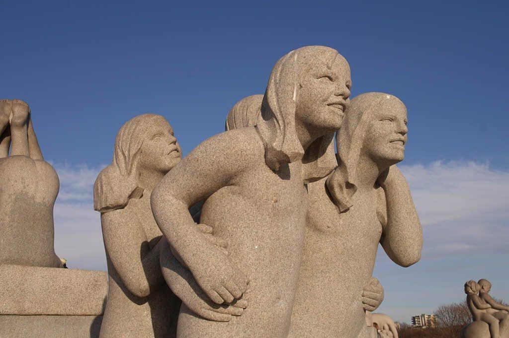 Amazing Vigeland Sculpture Park by Heidi Thon, Visit Oslo