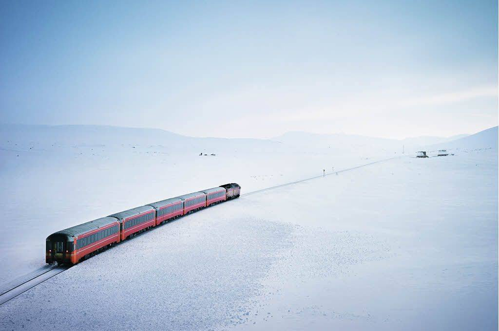 Arctic Nordland Line in winter by Oivind Haug, NSB
