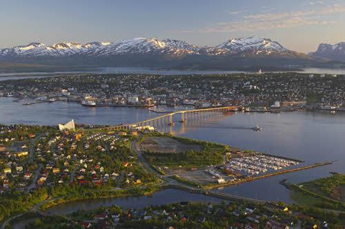Beautiful Tromso by Baard Loeken, Nordnorsk Reiseliv