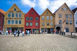 Farbenfrohes Bergen. Sonja Arrepia, Visit Bergen