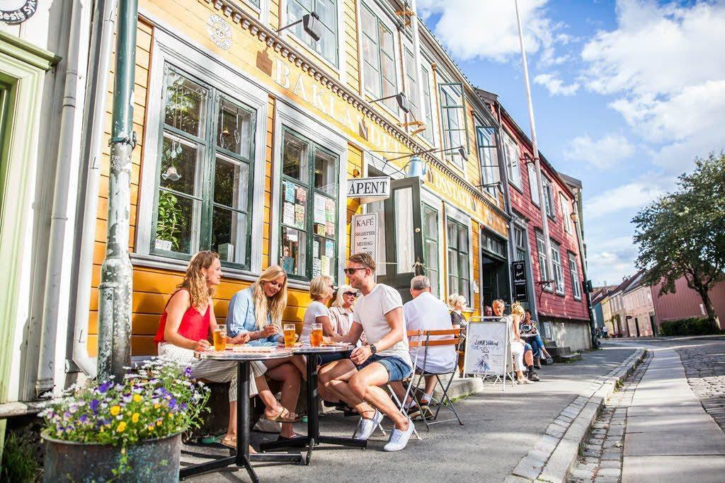 Cozy restaurant in Trondheim by Martin Handlykken, Visit Trondheim