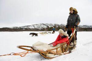 Dog sledding in Northern Norway by Terje Rakke, Nordic Life, Visit Norway