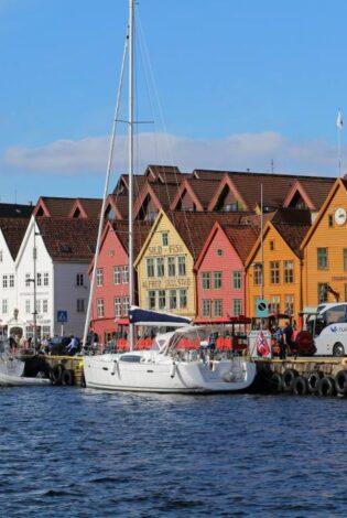 The UNESCO Bryggen wharf Bergen. Photo by Rita de Lange, Fjord Travel Norway