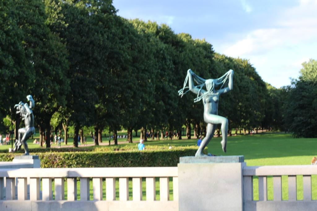 Vigeland sculpture park, Oslo Norway. Photo by Rita de Lange, Fjord Travel Norway