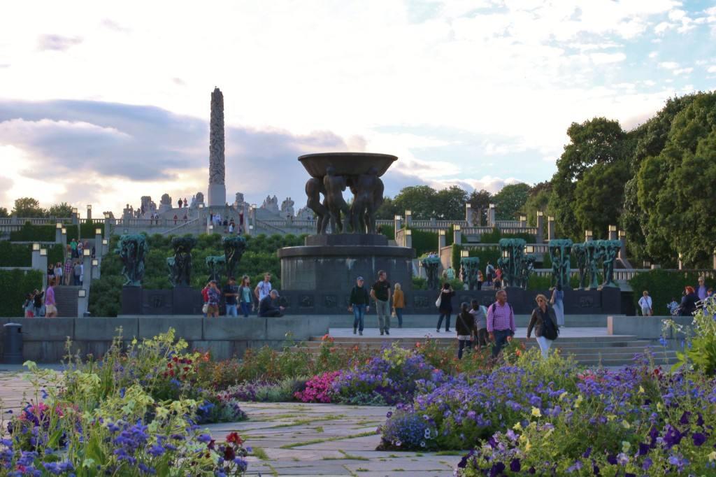 Vigeland sculpture park, Oslo. Photo by Rita de Lange, Fjord Travel Norway