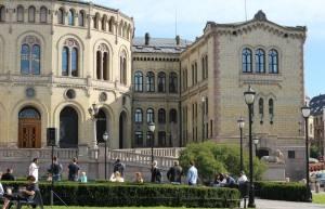 Parliament building, Oslo Norway. Photo by Rita de Lange, Fjord Travel Norway