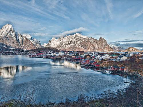 Lofoten in winter by Pixabay