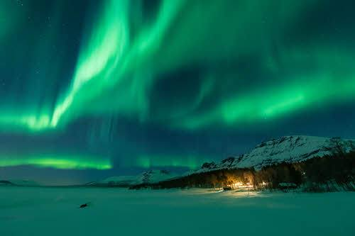 Northern Lights in Kirkenes by Stian Klo, Hurtigruten
