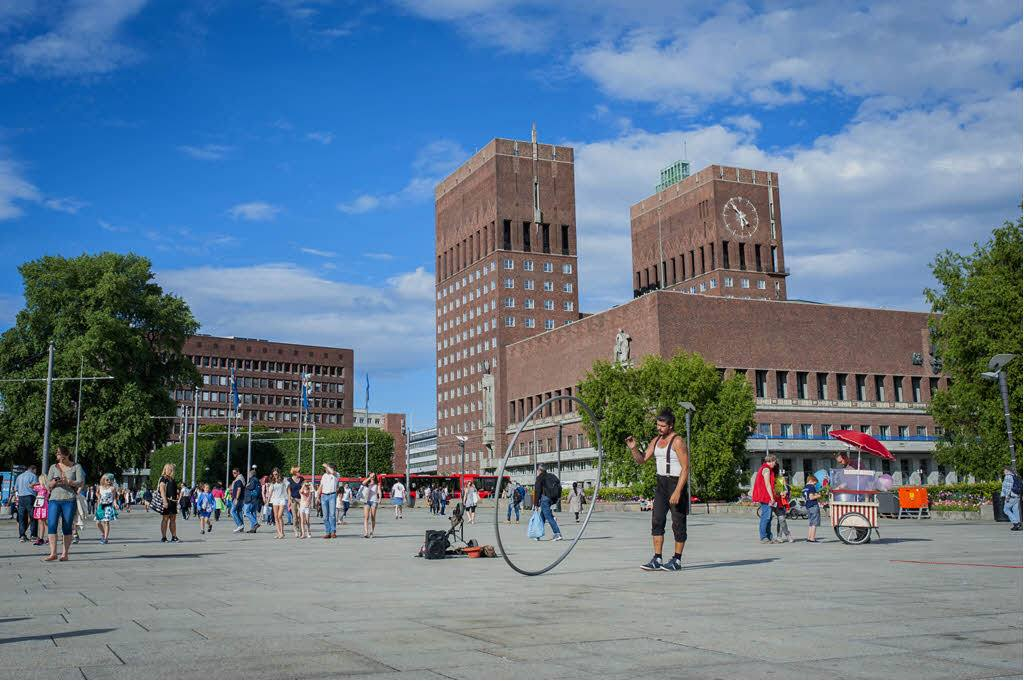Oslo City Hall in summer by Thomas Johanessen, Visit Oslo