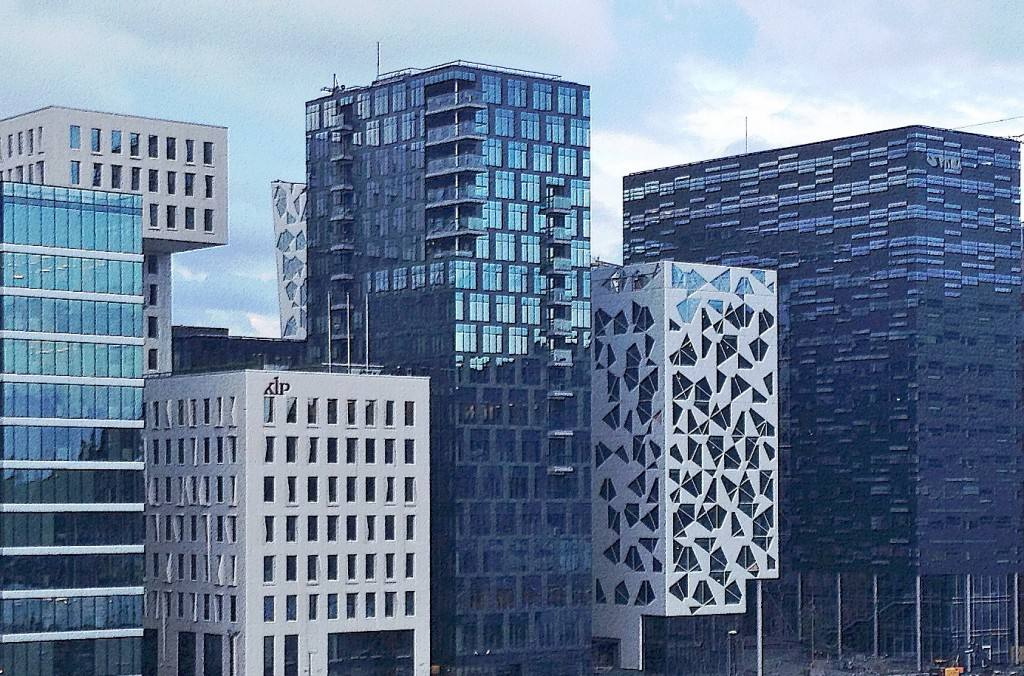 Modern Oslo - the Barcode buildings by the Opera. Photo by Rita de Lange, Fjord Travel Norway