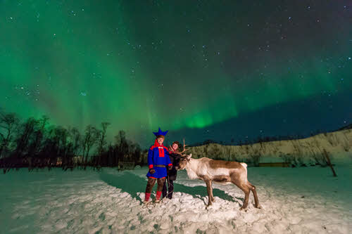 Sami under the Northern Lights by Orjan Bertelsen, Nordnorsk Reiseliv