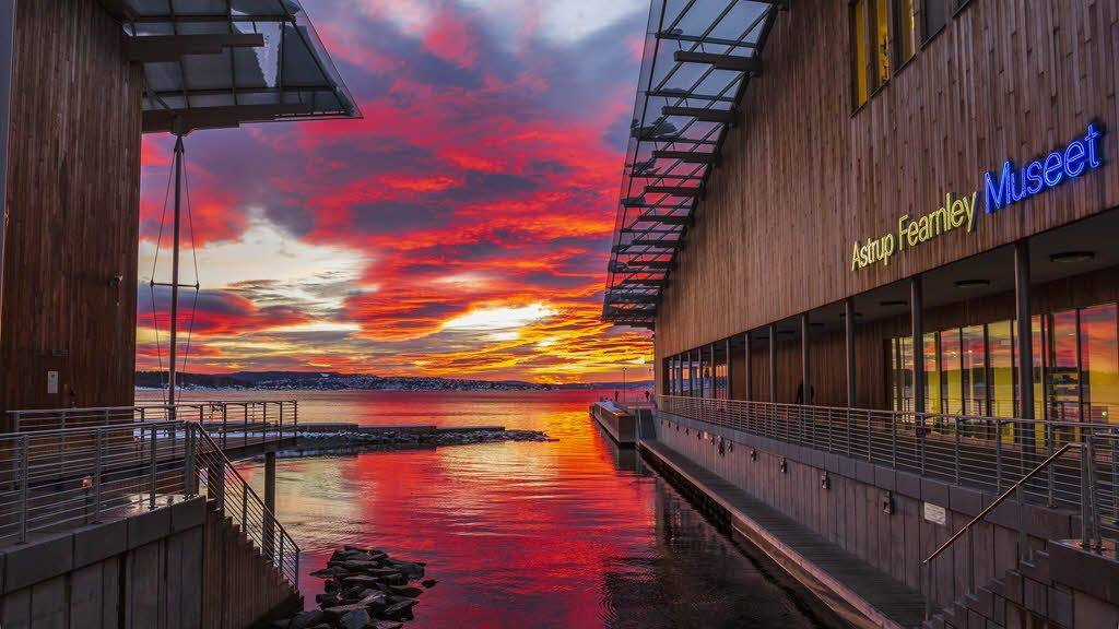 Sunset at Astrup Fearnley Museum Oslo by Didrick Stenersen, Visit Oslo