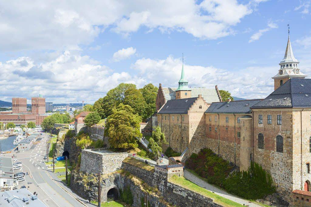 Visit Akershus Fortress in Oslo by Didrick Stenersen, Visit Oslo