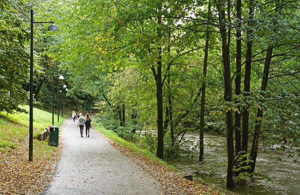 Walking along Akerselva river by Tord Baklund, Visit Oslo