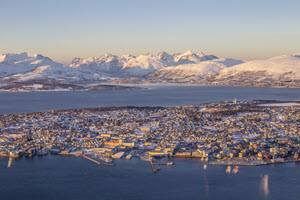 Winter in Tromso by zettel, Foap, Visit Norway