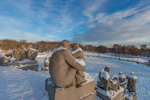 Winter in Vigelands Sculpture Park by Florian Frey, Visit Oslo