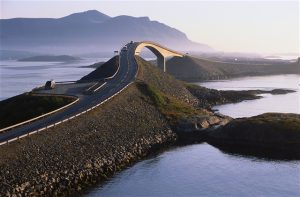 Atlantic Ocean road. Photo by Terje Rakke, Nordic Life, Fjord Norway