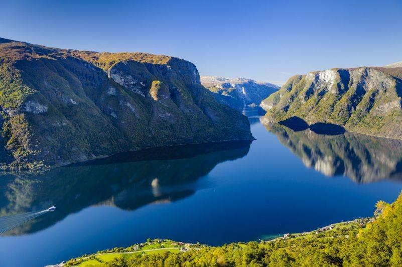Aurlandsfjord by Robin Strand, Visit Bergen
