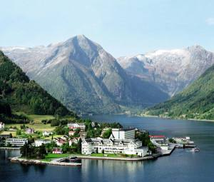 Balestrand village. Photo credit Kviknes hotel
