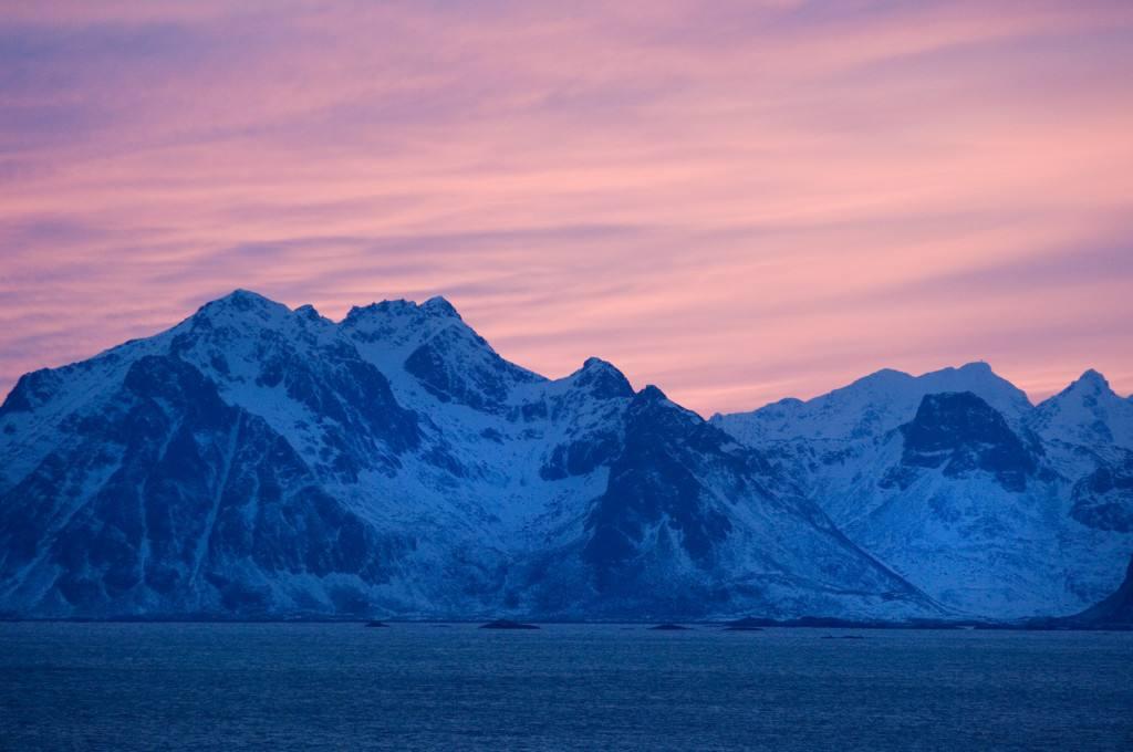 The Arctic coast of Norway. Photo by Terje Rakke, Nordic Life, Nordnorsk Reiseliv