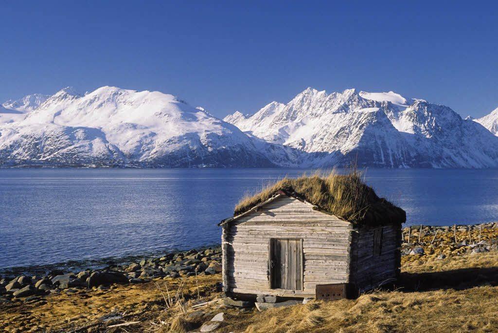 Arctic Norway by Baard Loken, Nordnorsk Reiseliv