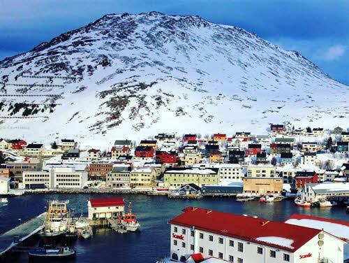 Hammerfest in winter by Gillian McDonald, Hurtigruten