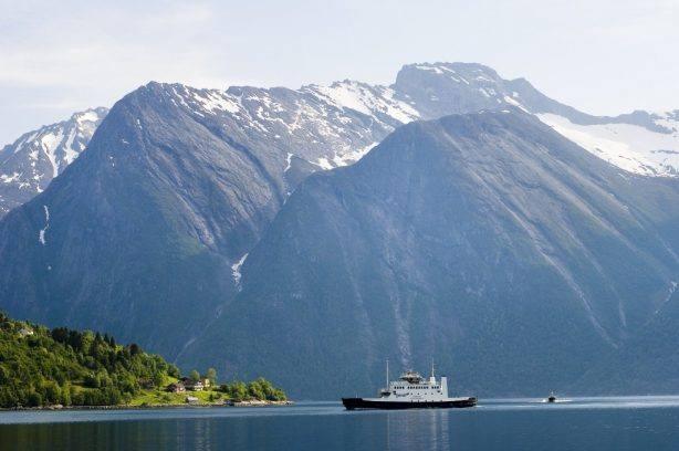 Hjorundfjord. Photo by Sverre Hjornevik