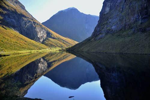Norangsdalen by Karin Pabst, Hurtigruten