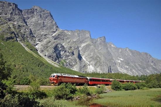 Rauma Line by Leif Johnny Olestad, Visit Norway