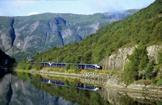 Bergen rail line. Photo by Rune Fossum/NSB