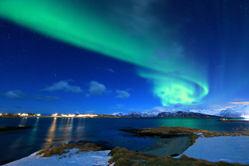 Amazing Northern Lights in Norway by Pixabay