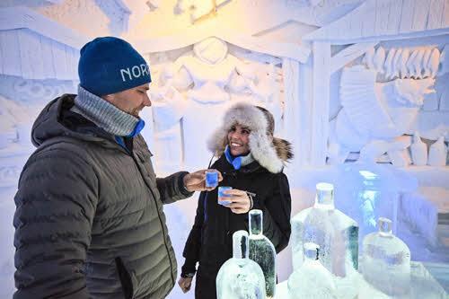 Drink in the icebar by Kirkenes Snowhotel
