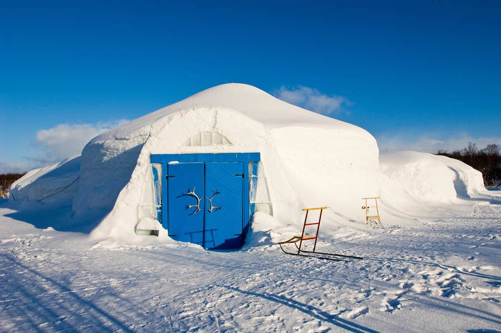 Entrance to Kirkenes Snowhotel by Toma Babovicfoto@babovic.de, Hurtigruten