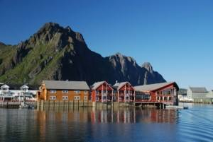 Lofoten islands; Svolvaer in summer. Photo by Andreas Mihatsch, Nordnorsk Reiseliv