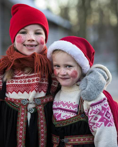 Childen celebrating Christmas in Norway by CH, Visit Norway