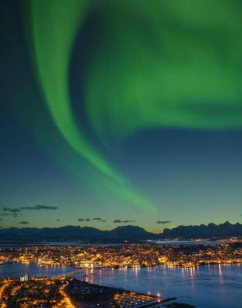 Northern Lights Tromso by Bard Loken, Nordnorsk Reiseliv