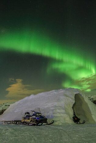 Northern lights at the Kirkenes Snow hotel. Photo By Kirkenes Snow Hotel