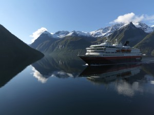 Hurtigruten in the Hjorundfjord. Photo by Erika Tiren, Hurtigruten