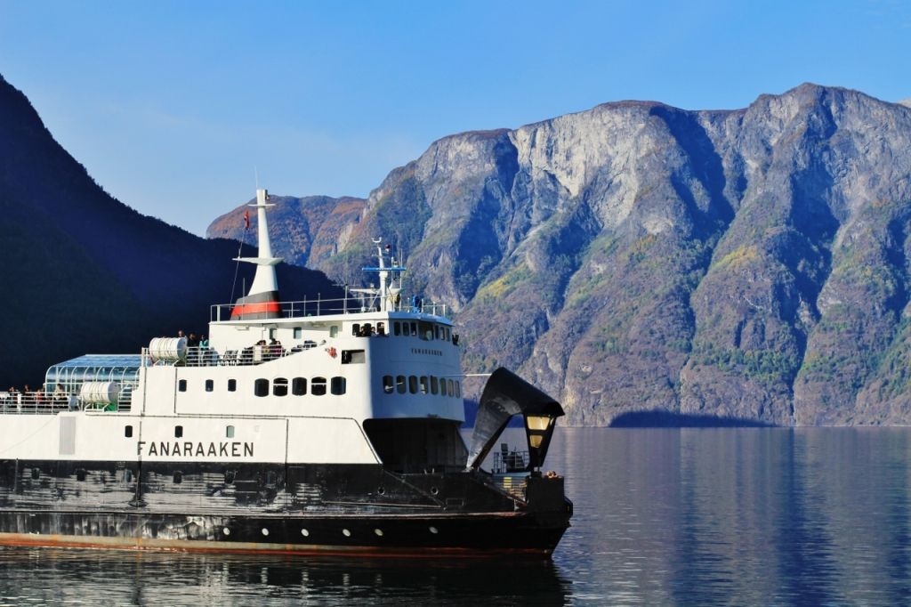 Ferry cruise on the Sognefjord. Photo by Rita de Lange, Fjord Travel Norway