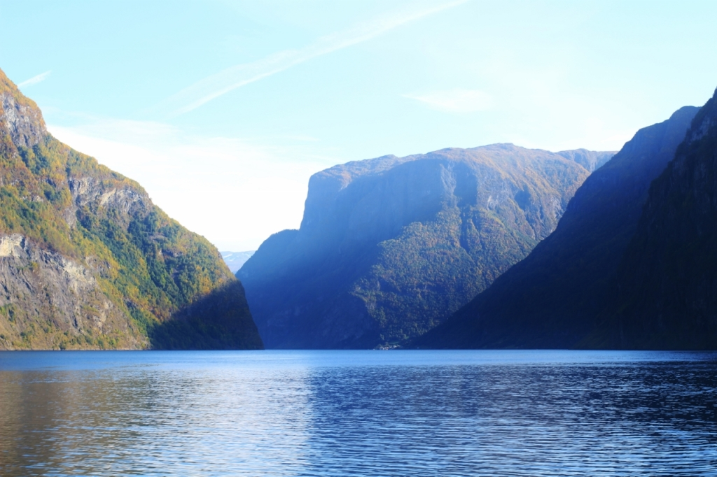 The Sognefjord, view towards the Aurlandsfjord branch. Photo by Rita de Lange, Fjord Travel Norway