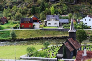 View from Flam Railway, the tiny Flam church. Photo by Rita de Lange, Fjord Travel Norway