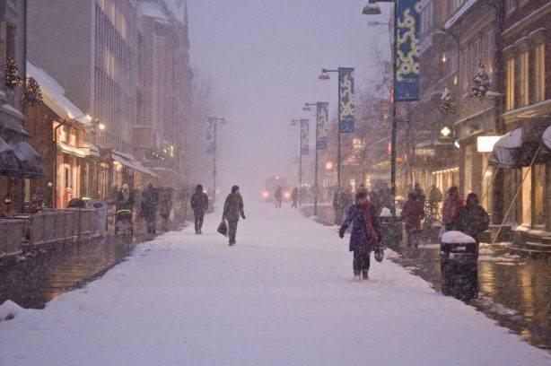 Snowing in Tromso. Photo by Gaute Bruvik, Nordnorsk Reiseliv