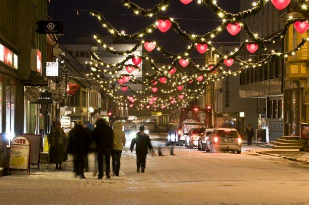 Christmas in Tromso. Photo by Gaute Bruvik, Nordnorsk Reiseliv