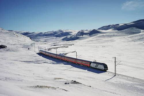 Bergen Railway in winter by Oivind Haug, NSB