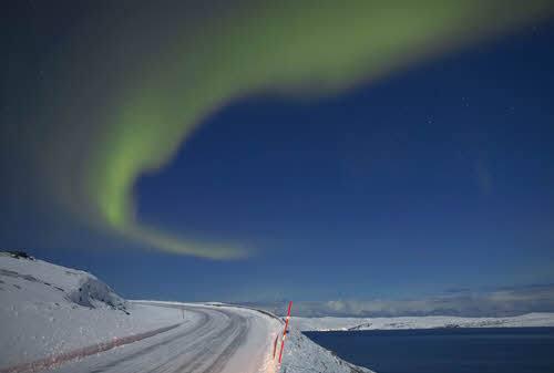 Northern Lights along the way by Bard Loken, Visit Norway