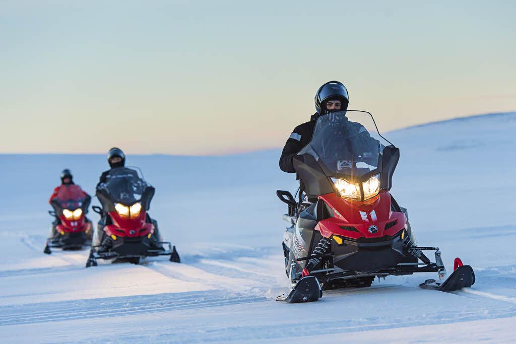 Snowmobile trip Kirkenes by Orjan Bertelsen, Hurtigruten