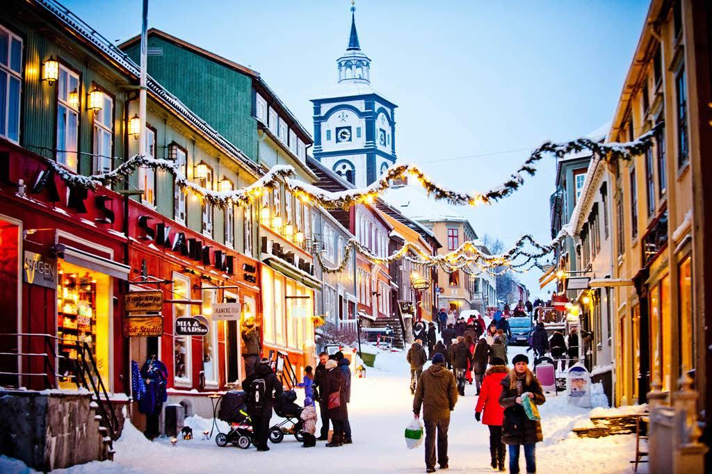 Winter & Christmas tours to Norway by Thomas Rasmus Juell Skaug