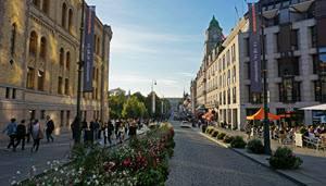 Karl Johans Gate Main Street by Tord Baklund, Visit Oslo